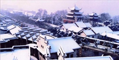 Yueyang Tower in Snow