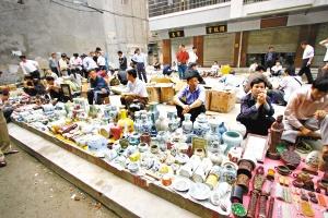 Guangzhou Daihelu Antique Market