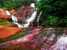 Waterflals in Danxia Valley