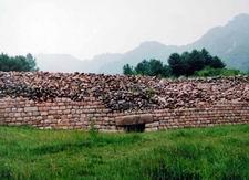Qianqiu Tomb