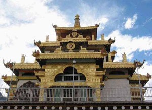 The King Gesar Lion Dragon Palace