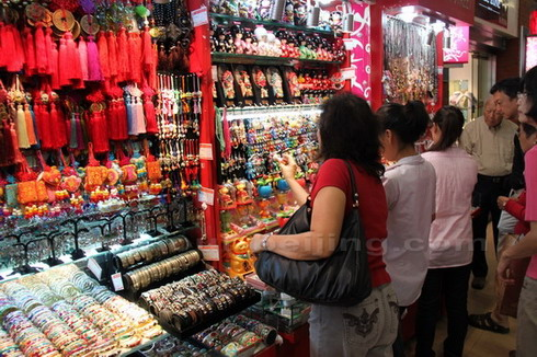Shopping-in-China
