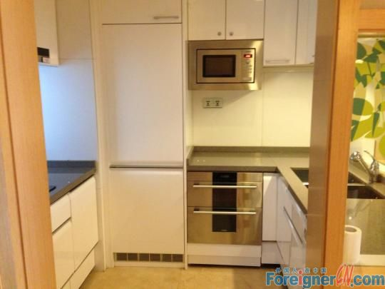 Starry winking 2BR high-end residential in zhujiang new town