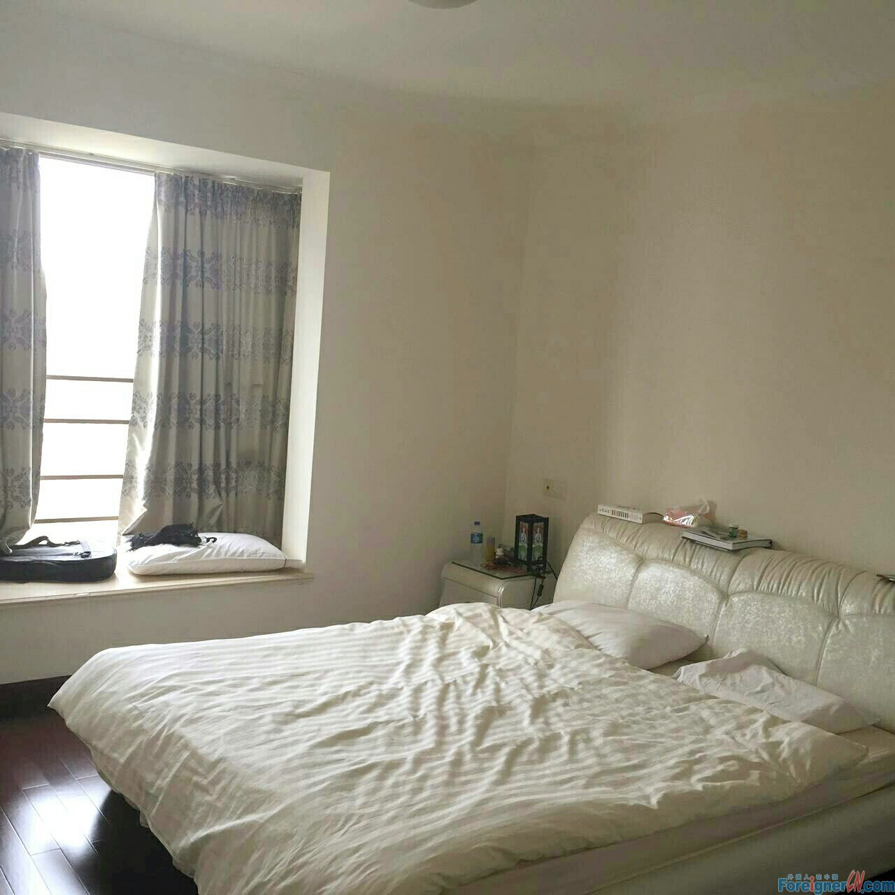 29Floor + 3Br +1 huge balcony facing to Zhujiang park +Liede MTR downstairs