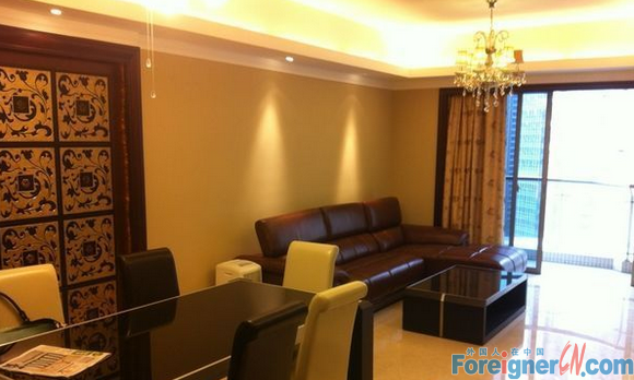 3BR- apt next to Zhujiang new town eixt A2 +super new and clean+has key to view