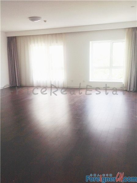 Unfurnished 3bedroom.upper east side,Spanish group.lido area