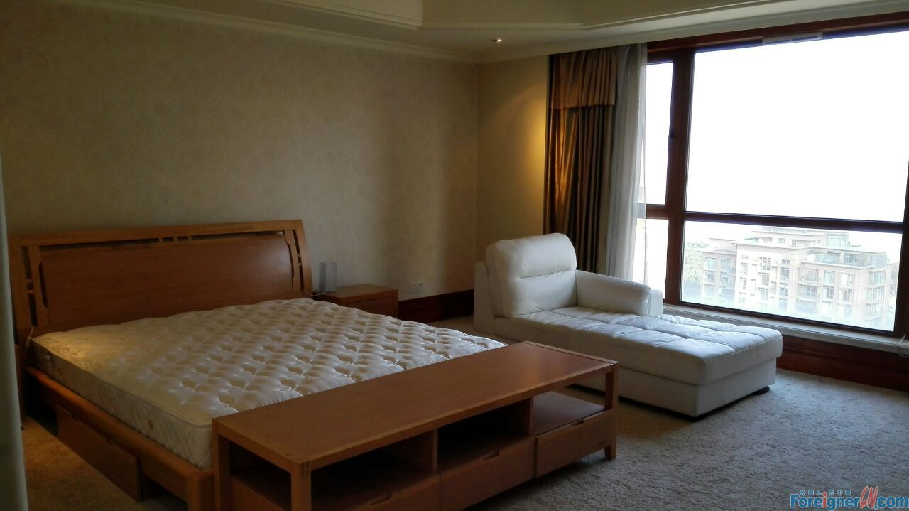 Horizon Resort/huge 4brs/floor heating/central Xinghai square/SIP suzhou/great condition