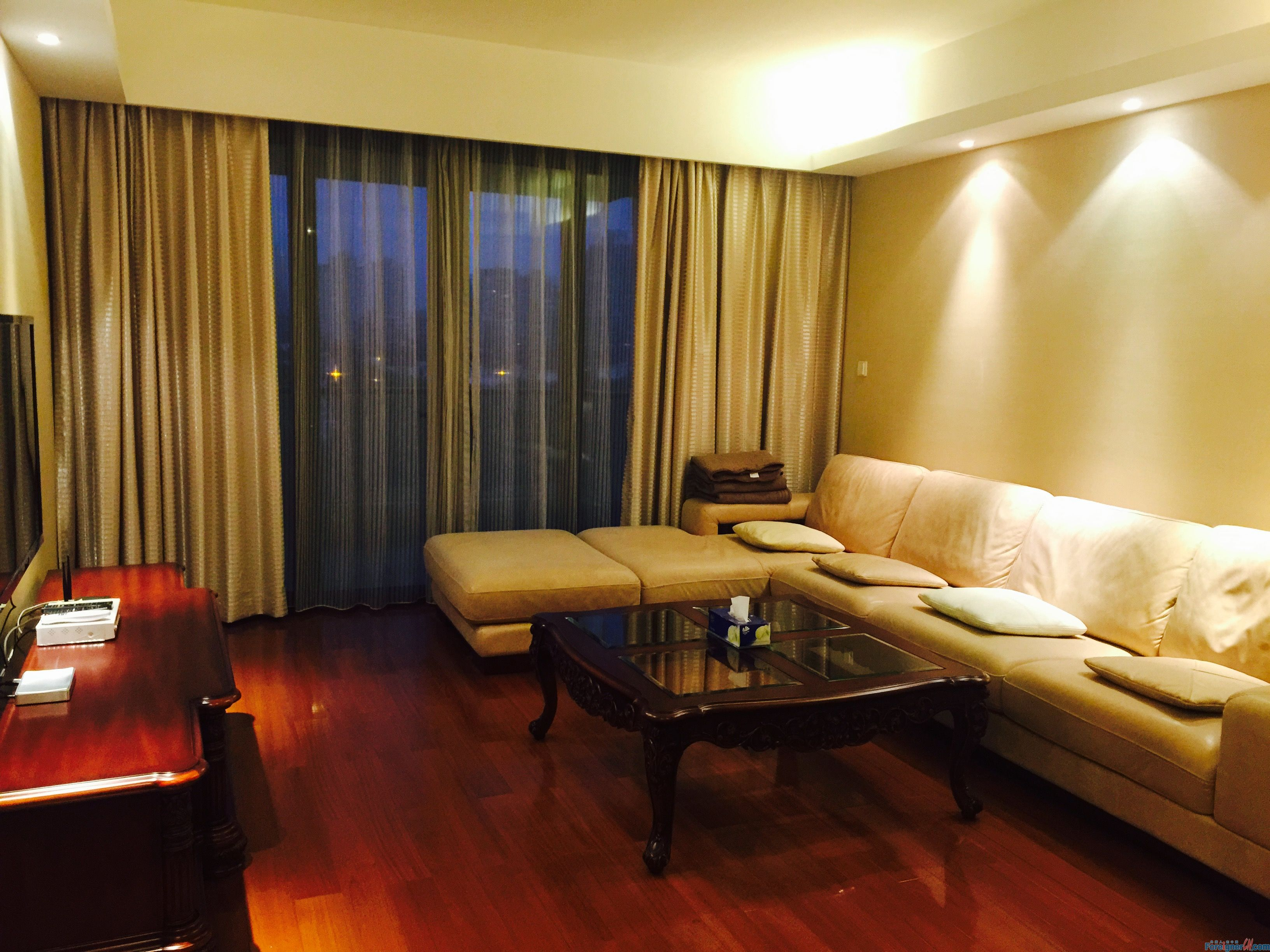 Marina cove,west lake, ligongdi area 4rooms,floor heating+central a/c+gym+pool+court,