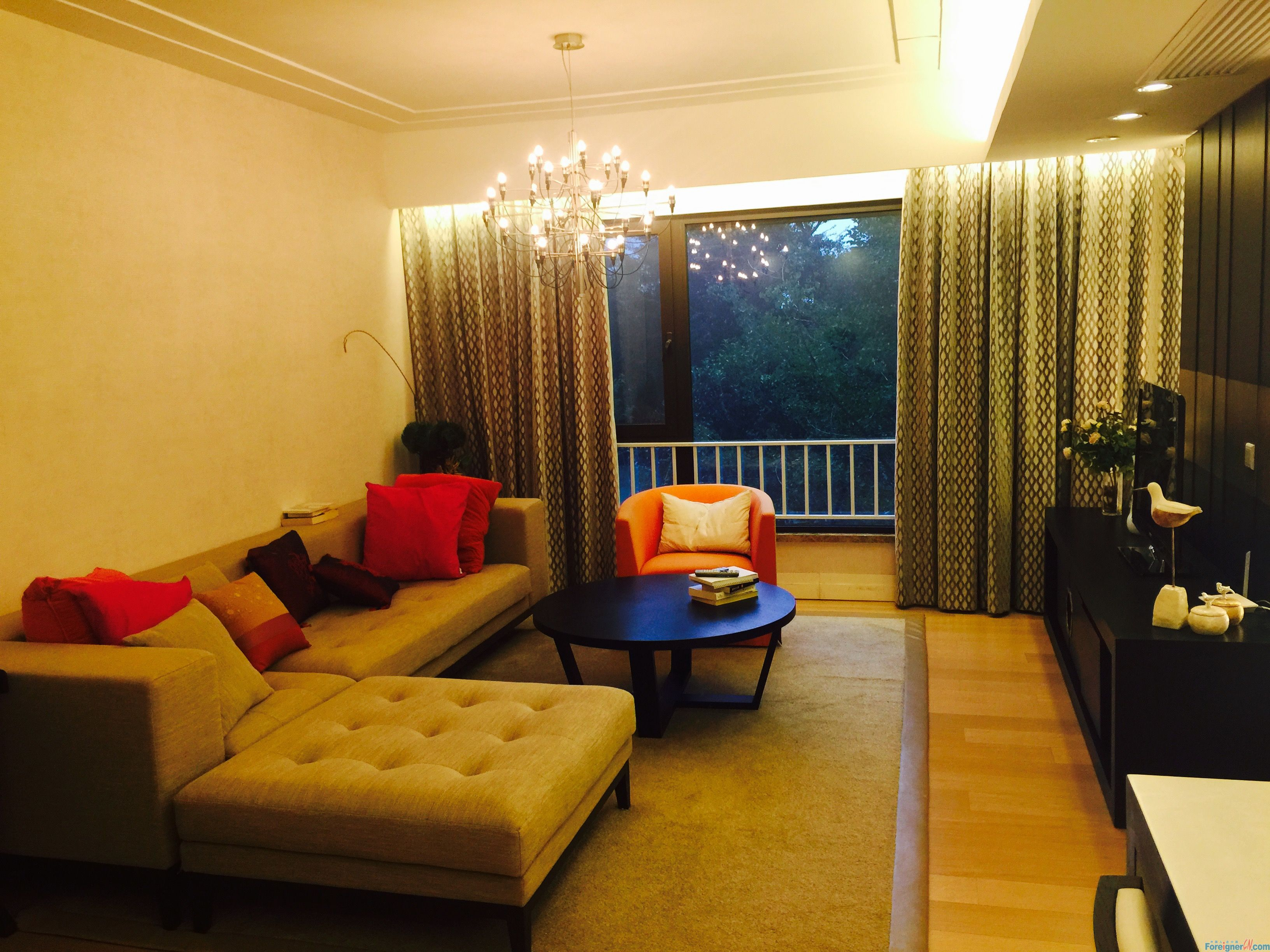 Bayside garden,big 1br with floor heating central a/c,open kitchen