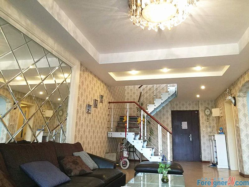 Youngor City, marriage apat, 5mins to Times Sqaure, very nice loaction, suits for family