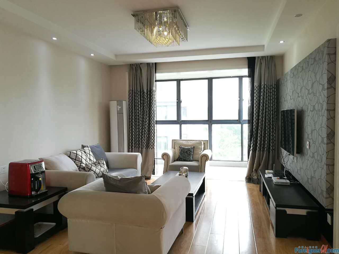 Youngor city,new 2br apt, modern style, nice funiture, CBD in the east