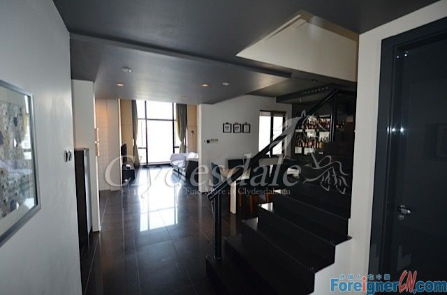 Hangzhou Apartment Solar International SI0013 with 5 brs for Rent