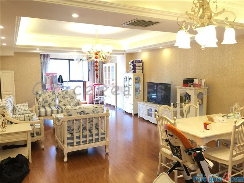 Brand New,3bedrooms in upper east No.8(上东8号) /facing  south and north ,only 22000RMB/cannot be waited!
