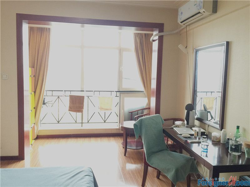 Nice studio for rent in lido area,3minutes walk to subway line 14,jiangtai station