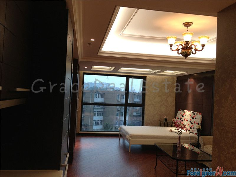 Nice Studio,in SHANGDONG NO.8(上东8号公寓),Brand New,furnished,real pictures,lido area,next to Subway Line14.