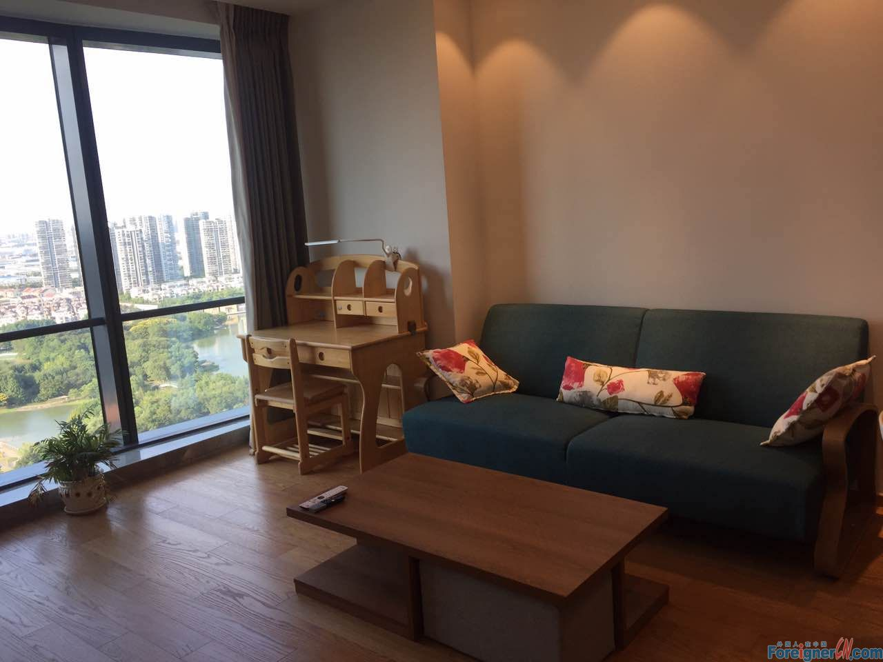 Brand new service apartment,high floor pano view, one bedroom/ hudong near SSIS