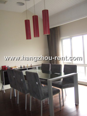 Jingyue Bay House for rent big garden