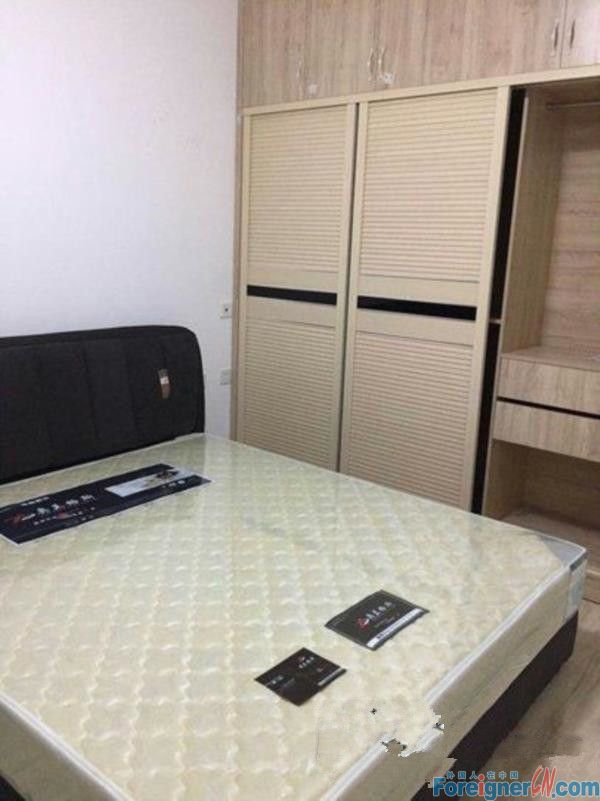 2br with good decoration,beside Times Square and Line 1,expat compound