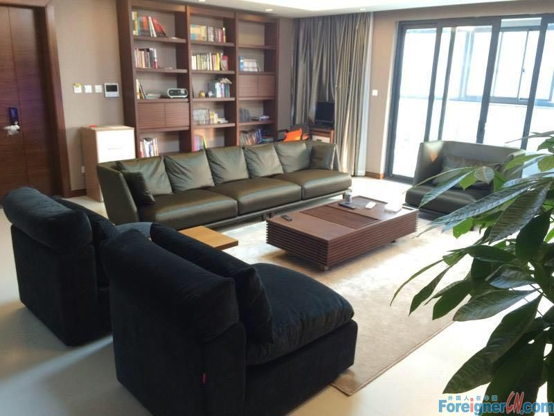 BRand new 4 rooms close toTimes square/SSIS//hudong area/modern furnishing