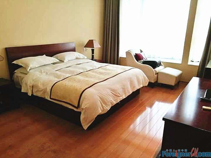 Bailing mansion service apartment/spcaious/xinghai square/BlueMarline EuroMart