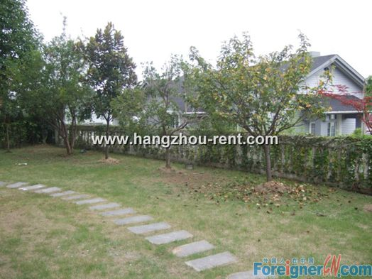 House in Jing Yue Bay For Rent