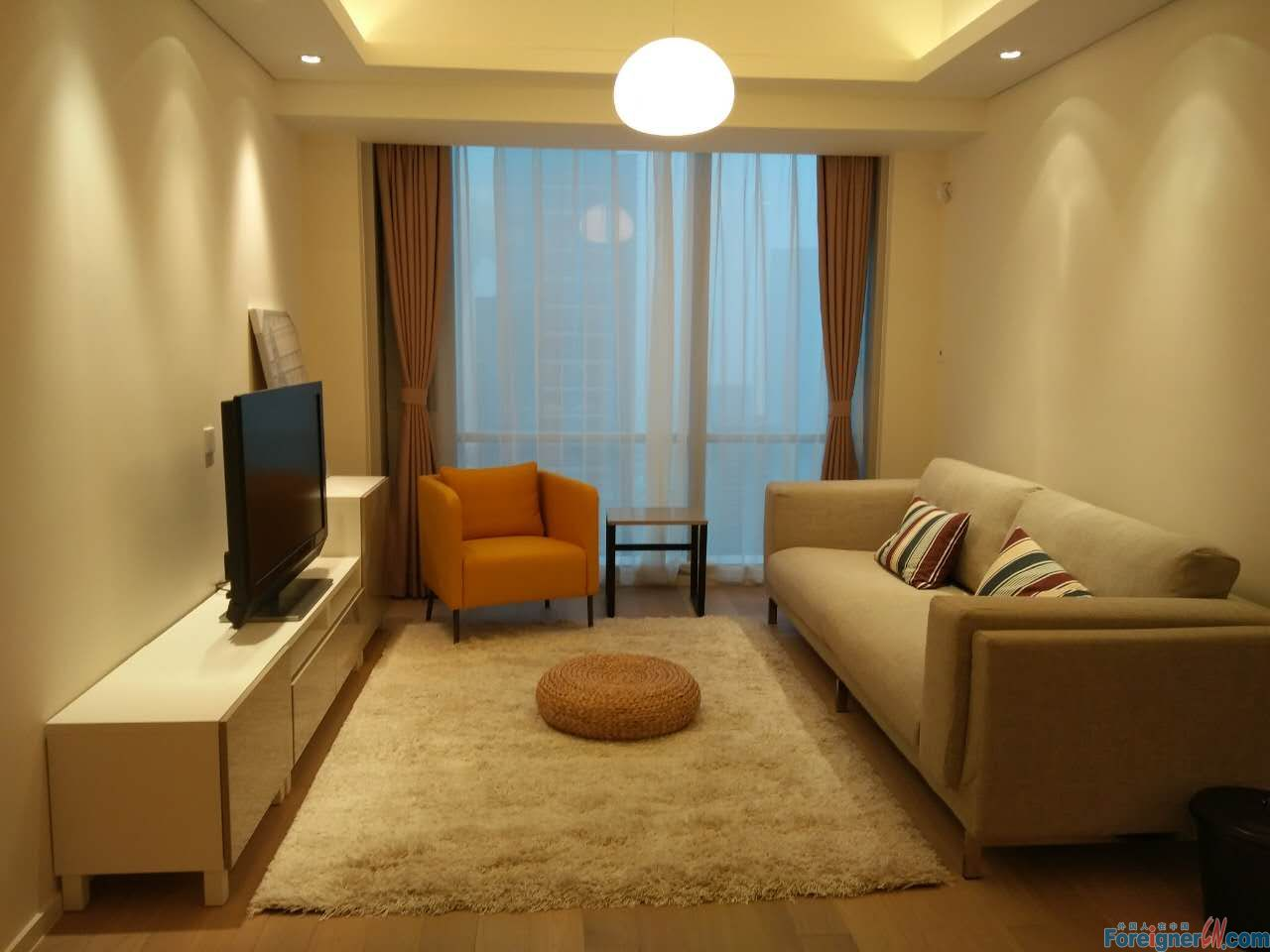 The summit,brandly new compound,2brs,located in the CBD center of SIP,close to the Suzhou center,subway