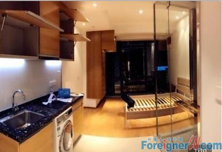near line 1 high floor with wonderful view ,Sky line apartment 1BR just for rent!!
