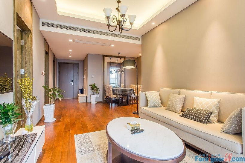 Wonderful!HLCC Apt-Times Square-2 bedrooms-heating-lake view-convenient traffic
