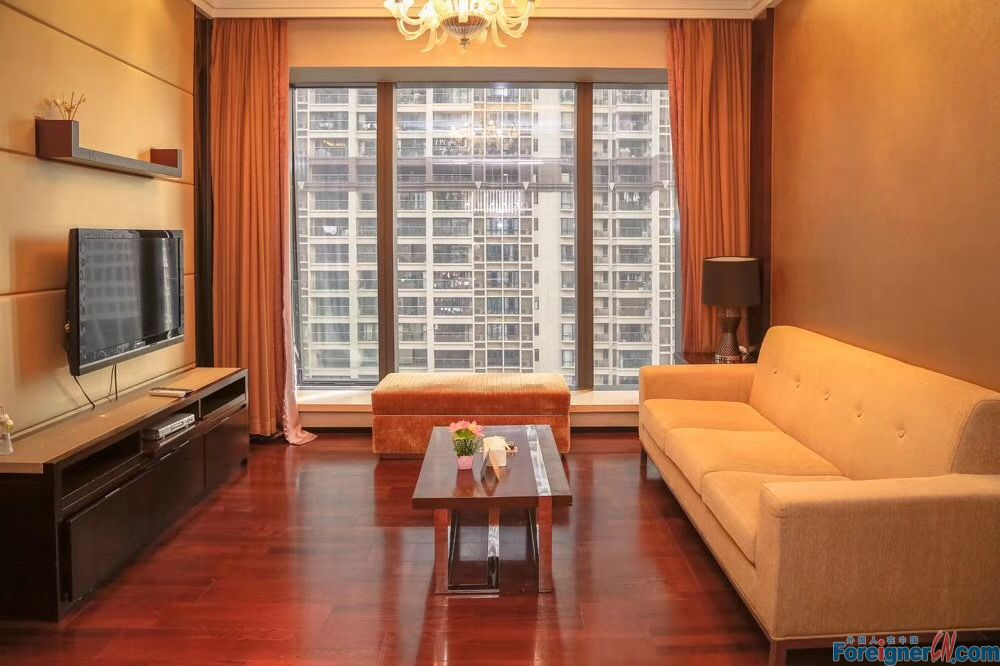 W Apartment-fully furnished-high floor,facing sourth,nice owner,almost new,walking 8mins to metrao station,nearby Xingsheng Rd bar street,gym,swimming pool and all kinds of restaurants.convenient.