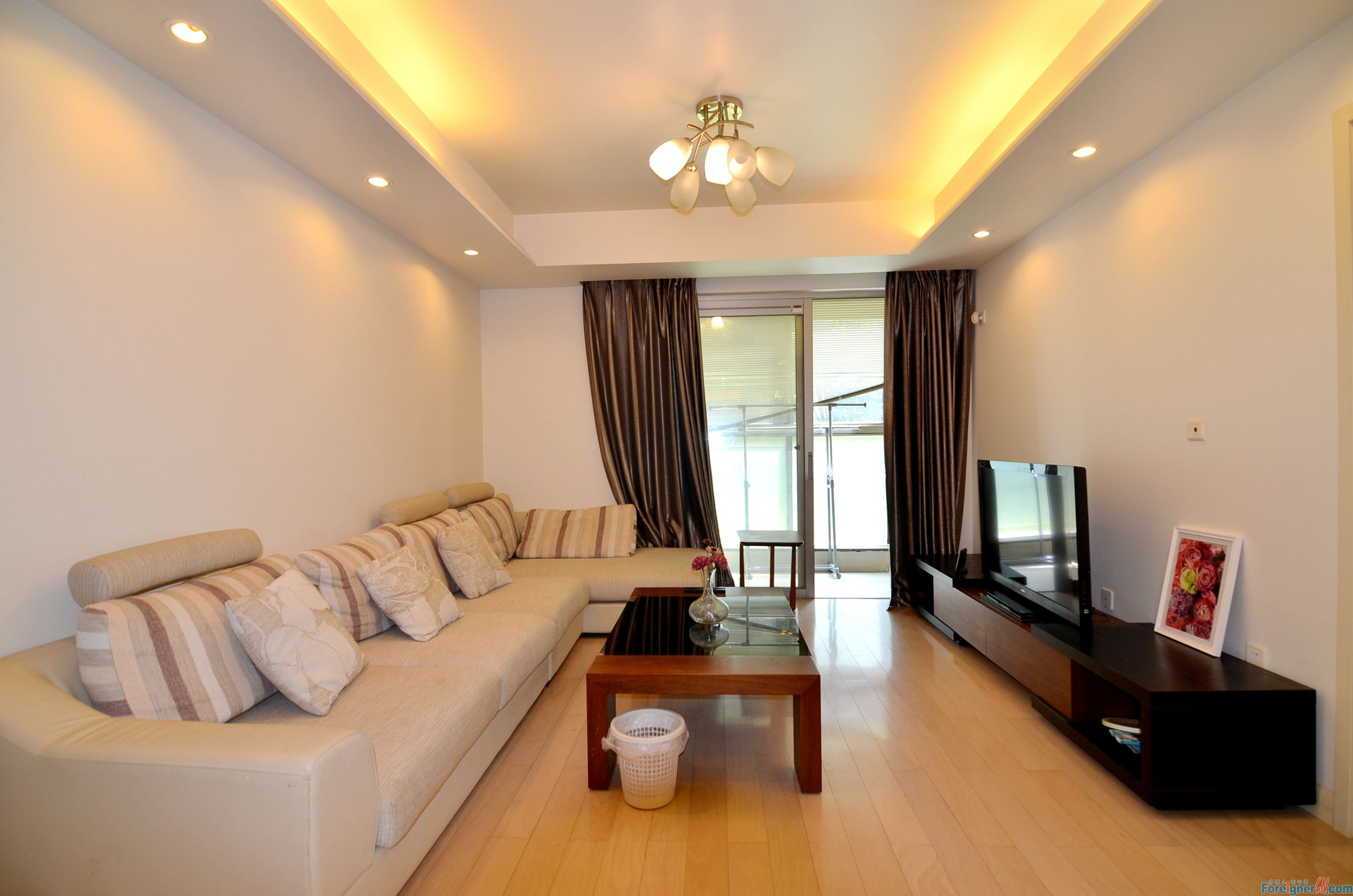 Grace residence/floor heating/central ac/modern 2 rms/close to metro & shoppping mall