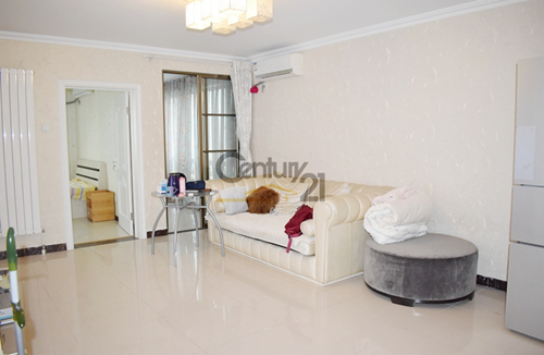 1br in lido area, with a balcony