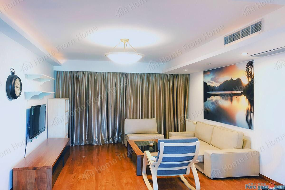 Great 3 bedrooms apartment Just beside Jinji lake/ Pretty high green area
