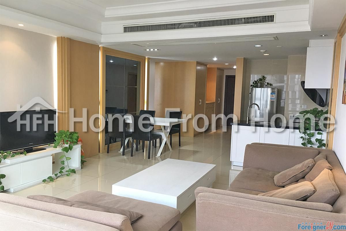 C-Globe 188/ serviced apartments for rent/ luxuary decoration/ fully furnished/Full lakeview