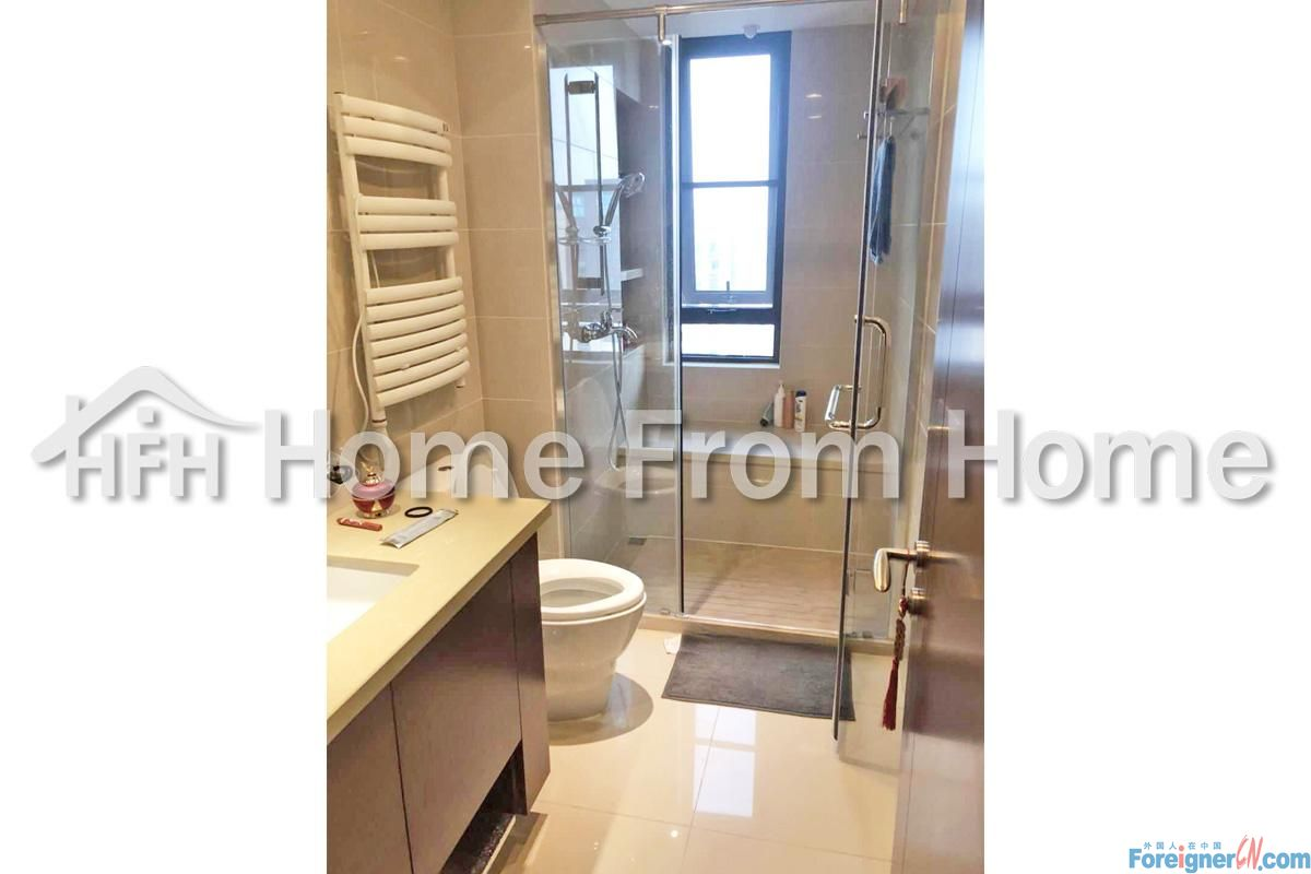 Phoniex center/in SIP CBD/cosy service apartment/ 2min to xinghai square