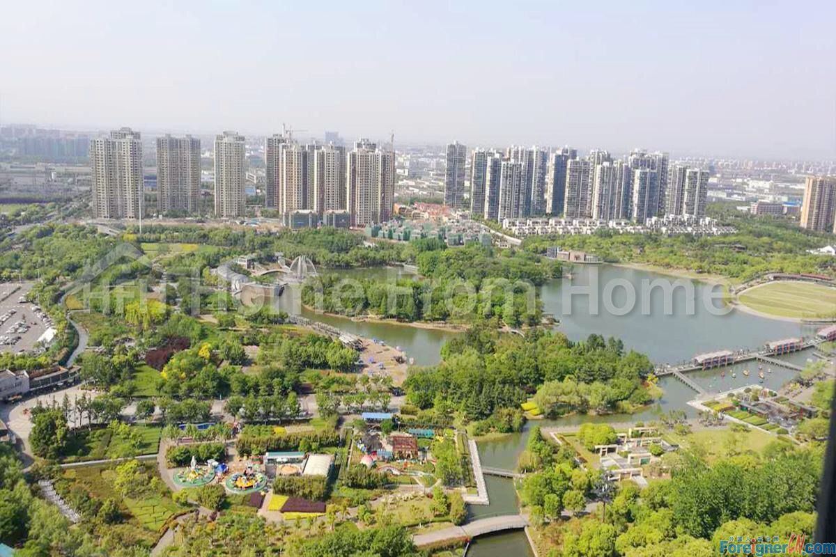 nice service apartment in Timesquare/ Suzhou SIP CBD/ brand new apartment/ first time to rent/floor heating /central ac
