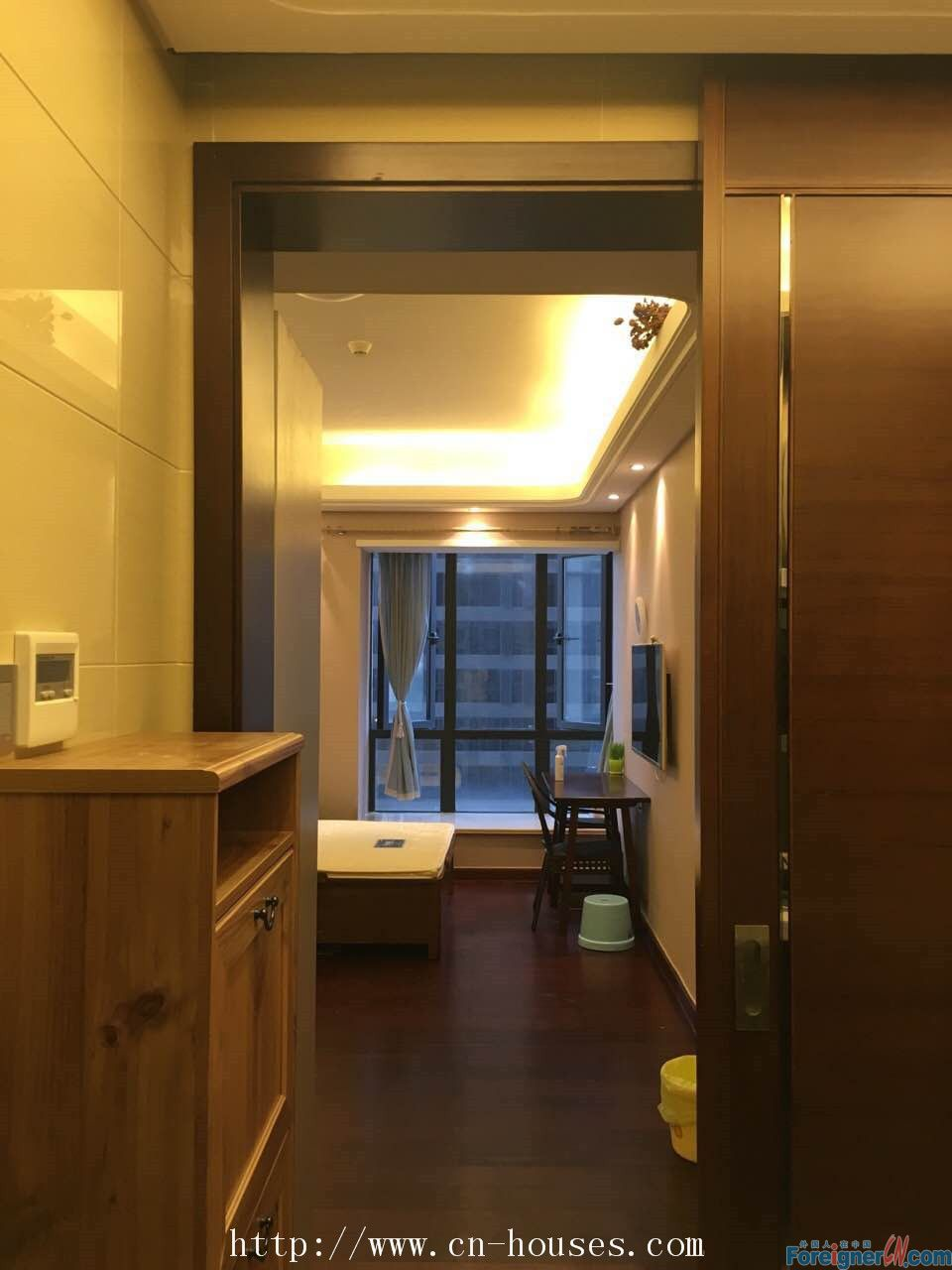 The east apartment-modern single room,New Construction, walking 5mins to MTR.nearby gym,swimming pool.