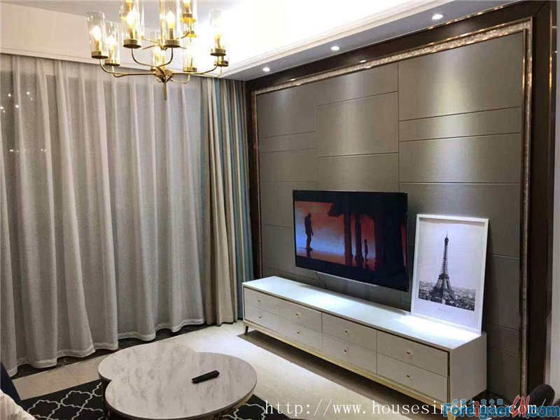 Morden 3brs in Zhujiang New town,fully furnished,3mins walk to Line5 Tancun metro station,10mins walk to Zhujiang Park.