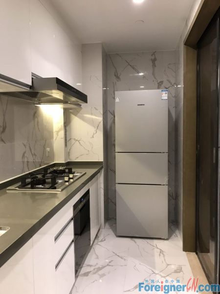 Chect it out!HLCC Apt-Times Square-1 bedroom-heating-lake view-convenient traffic