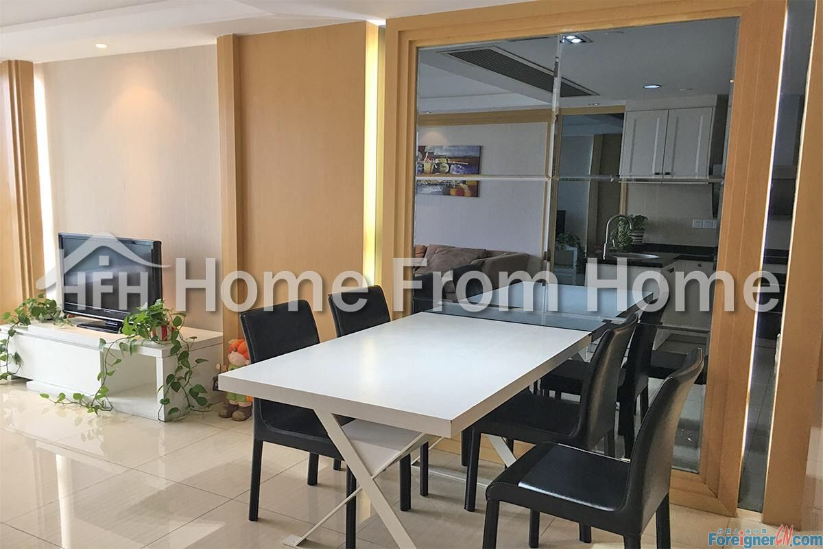 Phoniex center/in SIP CBD/cosy service apartment/ 2min to xinghai square/global 188/