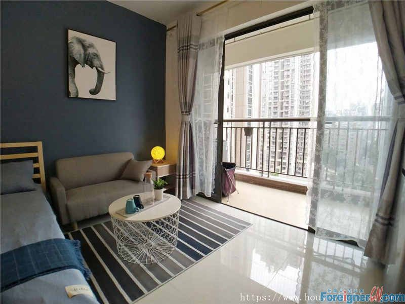 Zhuguang Xincheng Yu Jing Aparment- single room,morden decorate,big size,nice and bright,cheap price,nice owner.