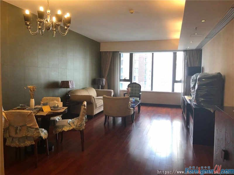 Service Apartment-big two bedrooms, fully furnished, clean and cozy, near the subway station.
