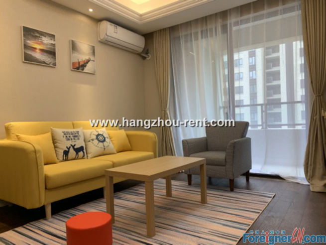 Three Bedrooms Apartment in Xiao Shan District For Rent (Luna Sea)