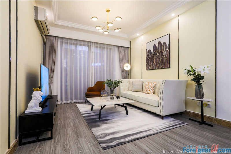 Park Royal Apartment-nice 2brs, fully furnished, luxurious and comfortable, good layout, near the subway station.