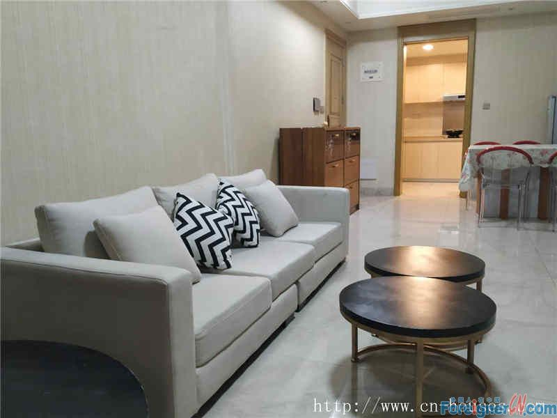 nice big 3brs,fully furnished, clean and cozy, ,facing garden, have a good view.