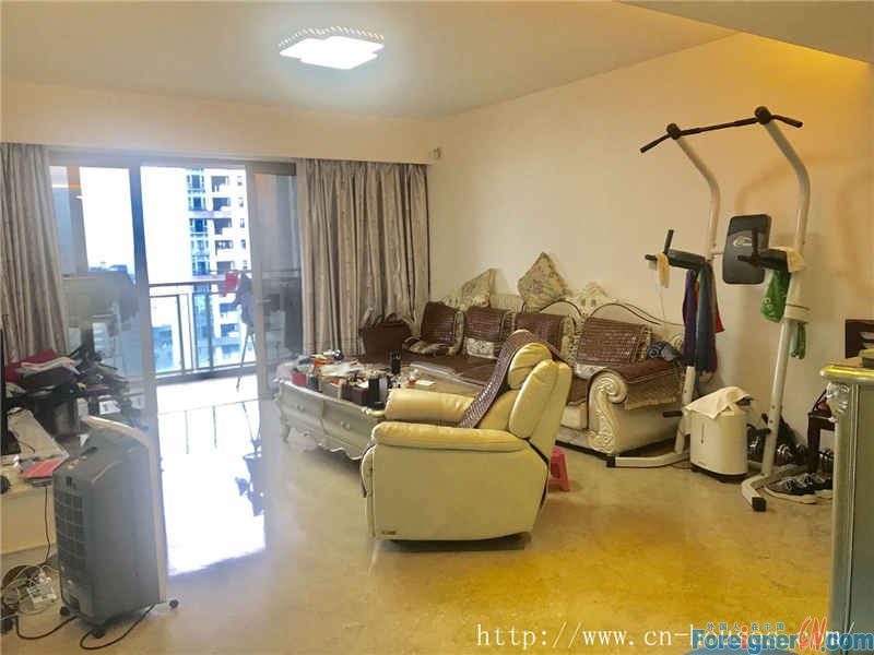 Hui feng Garden-fully furnished, morden decorate, clean and cozy, near the subway station.