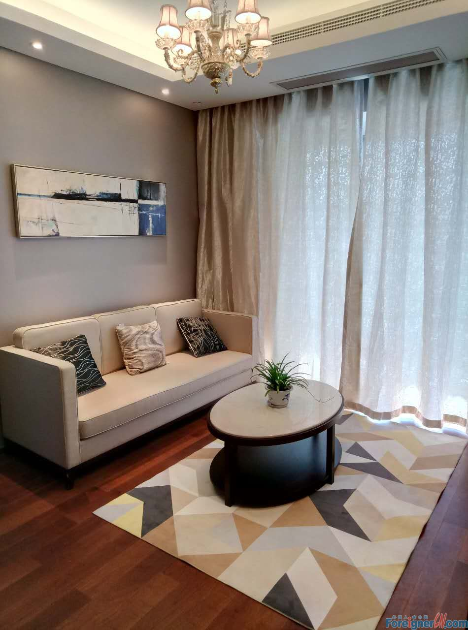Amazing! HLCC-2 bedrooms-well kept-lake view- fully furnished-convenient traffic