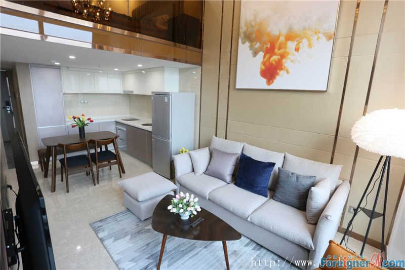 Duplex, Facing south,fully-furnished modern, With attractive view of Pearl River