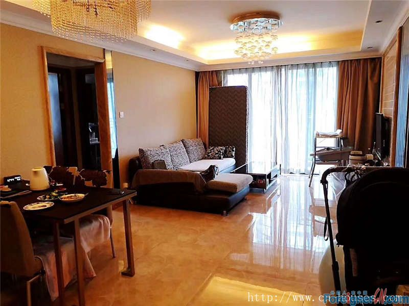 Cozy 2brs, fully furnished, mid-highrise floor, new decoration, five minutes walking to subway station.
