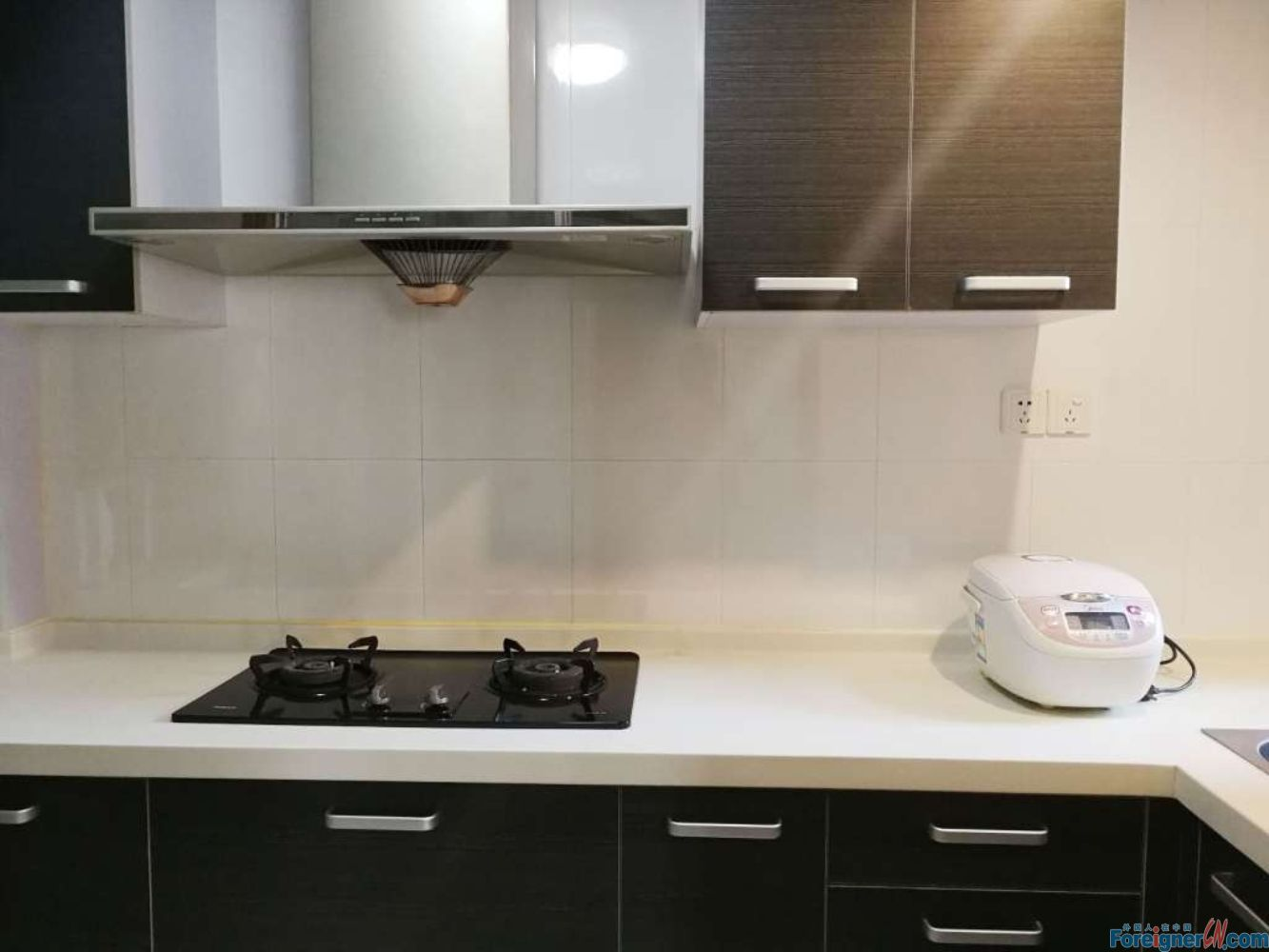 Wow-wow! Scholar's garden apartment–view balcony-convenient life-luxury decoration - near Shopping mall and commercial street.