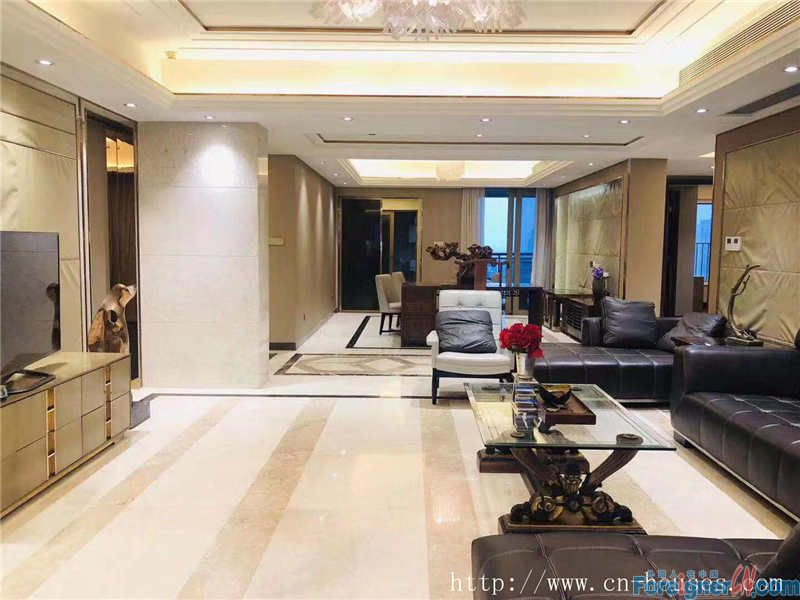 nice 4brs in Zhujiang New Town, fully furnished, good location,super convenience.